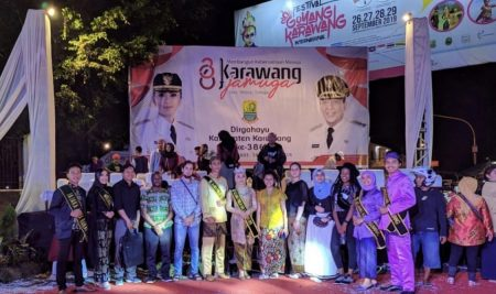 President University Darmasiswa Students in the International Festival of Goyang Karawang 2019